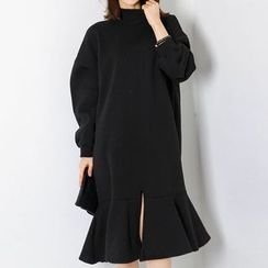 FASHION DIVA - Mock-Neck Ruffle-Hem Pullover Dress