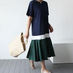 STYLEBYYAM - Color-Block Ruffle-Hem Long Dress