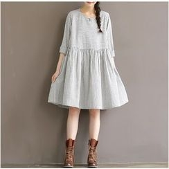 Snow Flower - Elbow-Sleeve Striped Dress