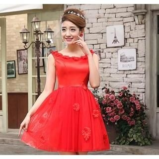 Bridal Elegance - Sleeveless Flower Appliqué Mini Prom Dress