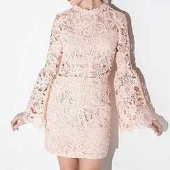 Richcoco - Lace Bell-Sleeve Sheath Dress
