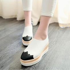 锦洋鞋业 - 双色厚底乐福鞋