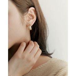 UPTOWNHOLIC - Bold Hoop Earrings