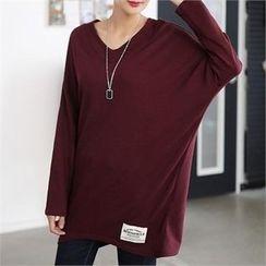 CHICFOX - V-Neck Drop-Shoulder Long T-Shirt