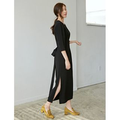 FROMBEGINNING - 3/4-Sleeve Tie-Waist Long Dress