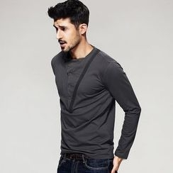 Quincy King - Long-Sleeve Henley