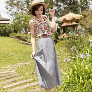 CatWorld - Floral Sleeveless Maxi Dress