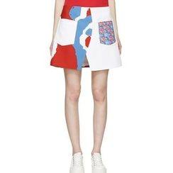 Ultra Modern - Printed A-line Mini Skirt