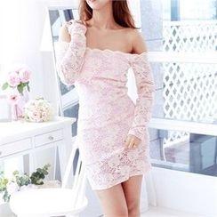 clubber - Off-Shoulder Lace Dress