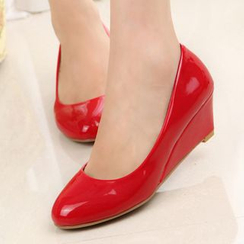 Max Dash - Plain Wedge Pumps