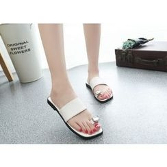 BAYO - Loop Toe Slide Sandals