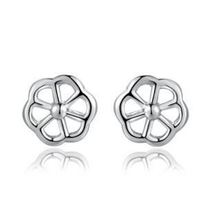 MBLife.com - Left Right Accessory - 925 Sterling Silver Platinum Plated Flower Earrings