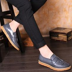 Hipsteria - Tassel Brogue Loafers