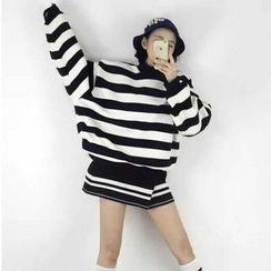 YOSH - Striped Mock Neck Sweatshirt