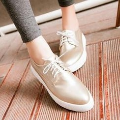 Tomma - Lace-Up Flats