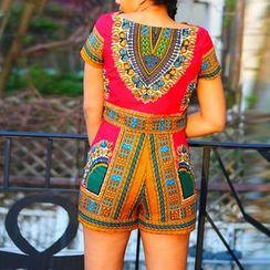 Hotprint - Set: Patterned Short-Sleeve Top + High-Waist Shorts
