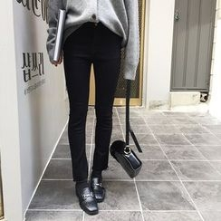 Sinbounboun - 散边靴形牛仔裤