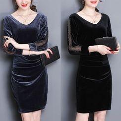 EFO - Long-Sleeve Velvet Shirred Dress