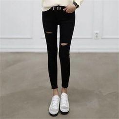 CHICFOX - Distressed Skinny Pants