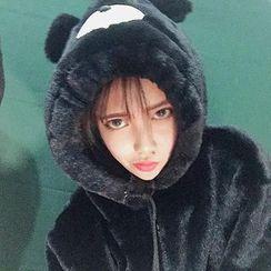 Cerauno - Bear Hooded Furry Jacket