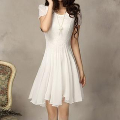 Fashion Street - Short-Sleeved Chiffon Dress