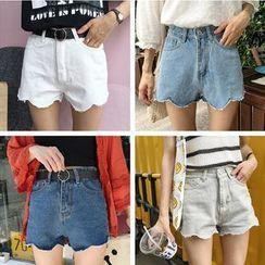 MATO - Scallop Hem Denim Shorts