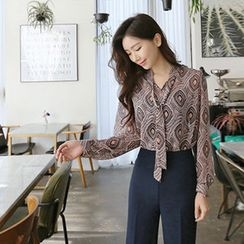 Hello sweety - Tie-Neck Patterned Chiffon Top