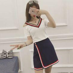 ever after - Set: Striped Cut Out Shoulder Short Sleeve T-Shirt + Wrap Front Mini Skirt
