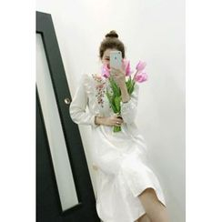 ATTYSTORY - Flower-Embroidered Frilled Shirtdress