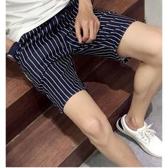 Fisen - Printed Shorts