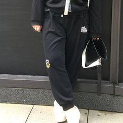 KASA - Applique Sweatpants