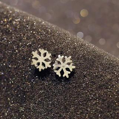 Love Generation - Snowflake Earrings