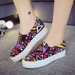 AIKE - Patterned Platform Slip-Ons/ Sneakers