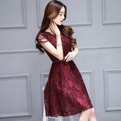 Romantica - Short-Sleeve Lace Dress