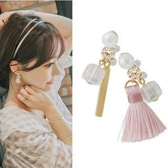 Gioia - Tasseled Non-matching Earrings