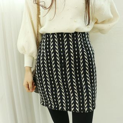Dodostyle - Wool Blend Patterned Band-Waist Skirt