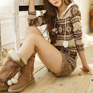 Tokyo Fashion - Nordic Print Hooded Sweater