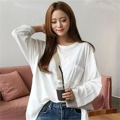 QNIGIRLS - Long-Sleeve Pocket-Front T-Shirt