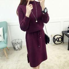 Kofushi - 纯色抽绳腰长袖针织连衣裙