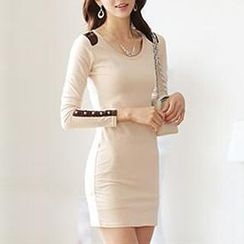 Champi - Long-Sleeve Sheath Dress