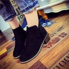 楊董 - 粗跟仿麂皮及踝靴