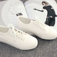 DANI LOVE - Wing-Tip Casual Shoes