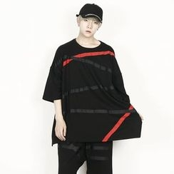 Rememberclick - Oversized Stripe-Accent T-Shirt