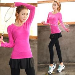 PUDDIN - 运动套装: 长袖T恤 + 短裙内搭裤