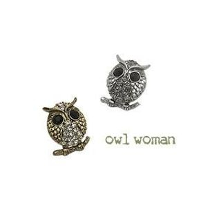 soo n soo - Rhinestone Owl Earrings