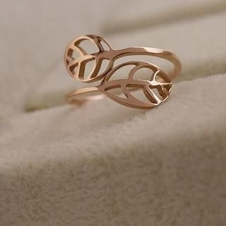 Love Generation - Filigree Leaf Ring