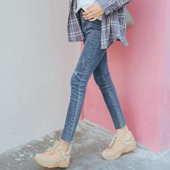 MIKPO - Distressed Skinny Jeans