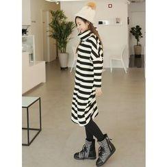 BBAEBBAE - Cowl-Neck Stripe Dress