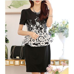Rosesong - Floral Print Short Sleeve Peplum Dress
