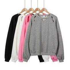 Momewear - Cutout Plain Pullover
